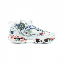 "Vetements x Reebok Insta Pump Fury ""Graffiti"""